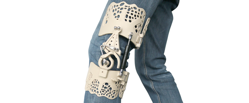 BioNEEK Knee Brace 3D Printed in PEEK with INTAMSYS 3D Printers